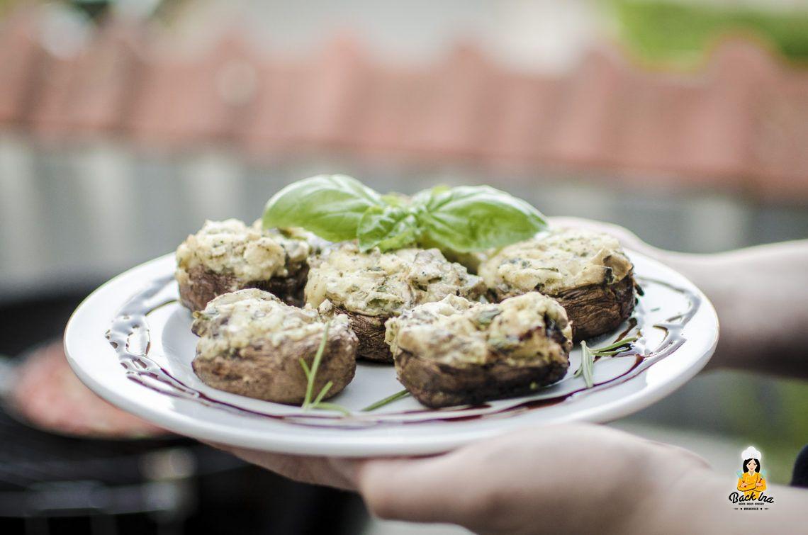 Von Vegetariern und Fleischpflanzen (Gefüllte Champignons vom Grill)