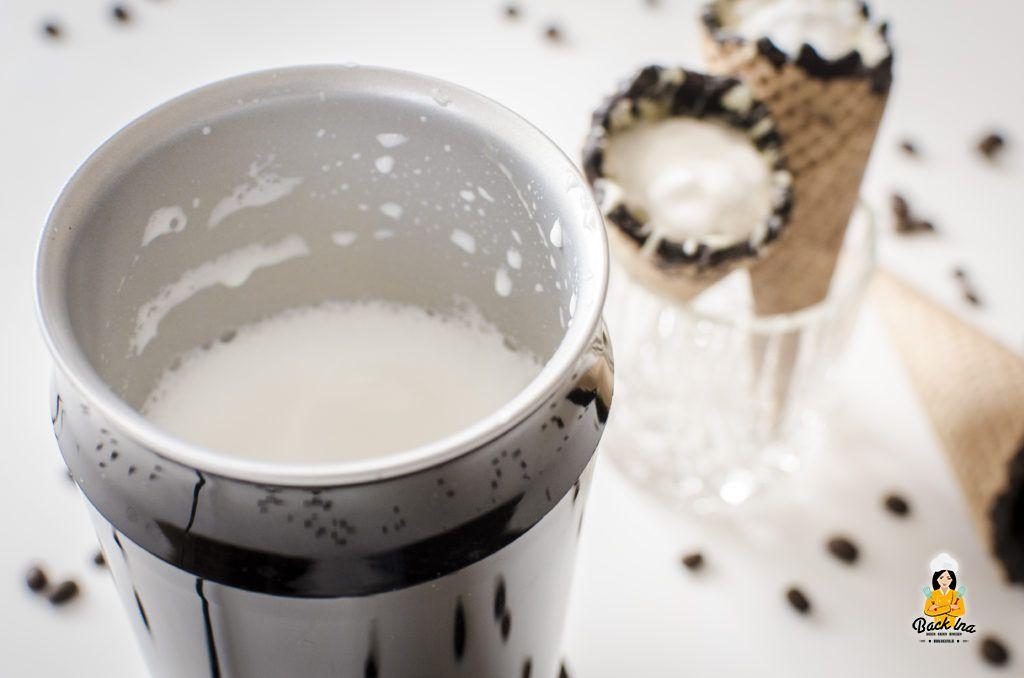 Coffee in a Cone mit dem Saeco 6502/61 Milchaufschäumer gemacht