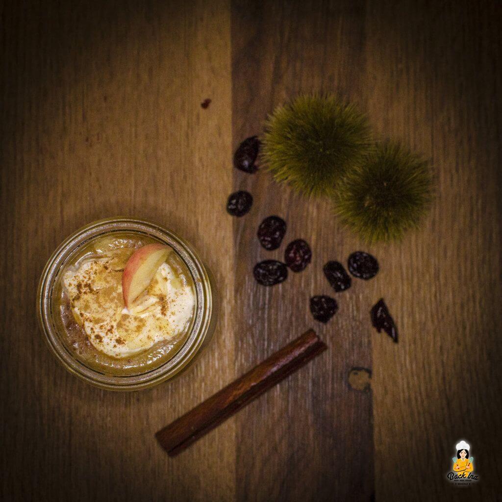 Herbstliches Apfel Dessert im Glas