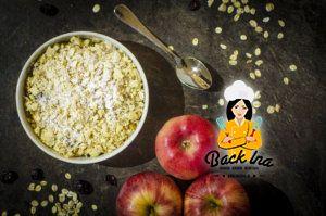 Köstliches Apple Crumble vom Grill mit Haferflocken und Trauben