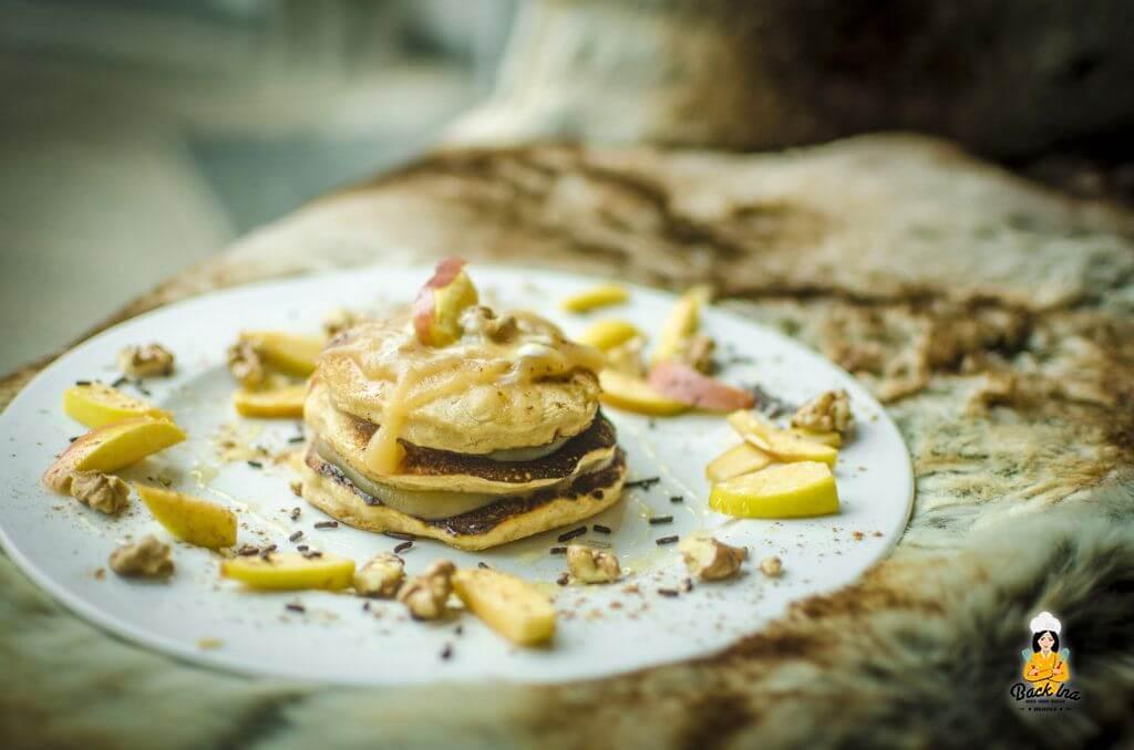 Herbstliche Apfel Pancakes mit Apfel im Teig: Besonders saftig und dennoch locker