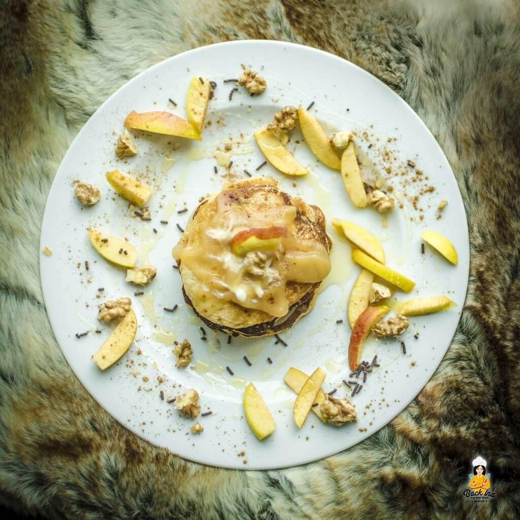 Leckere Apfel Pancakes: Amerikanisch angehaucht und dennoch leicht durch Apfel im Teig