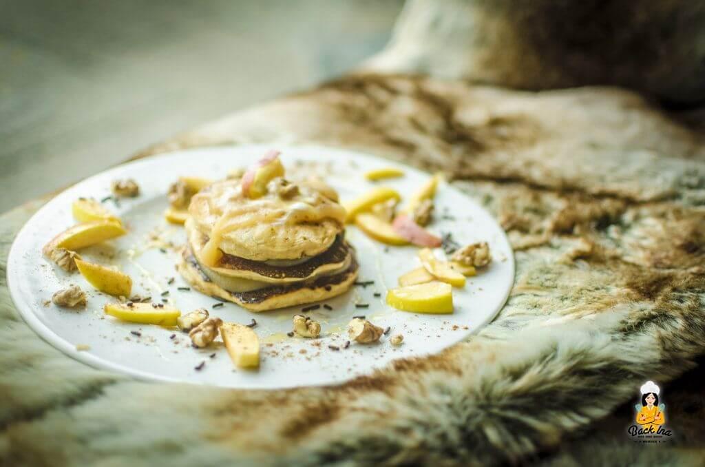 Mit Apfel im Teig: Herbstliche Apfel Pancakes