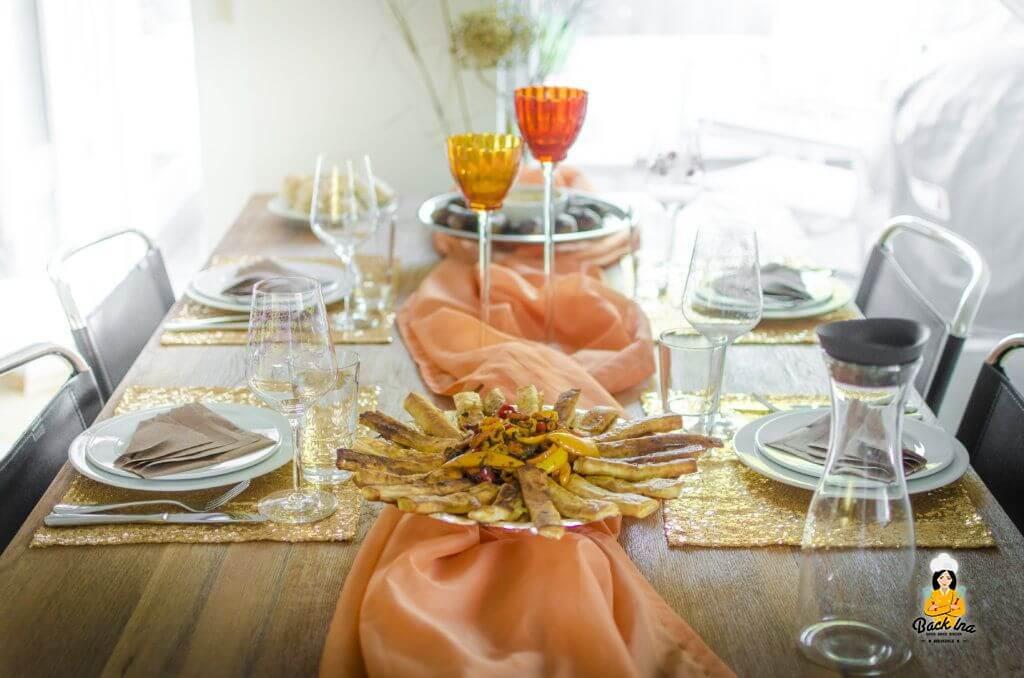 Orange und Gold als Leitfarben der Deko beim orientalischen Abend