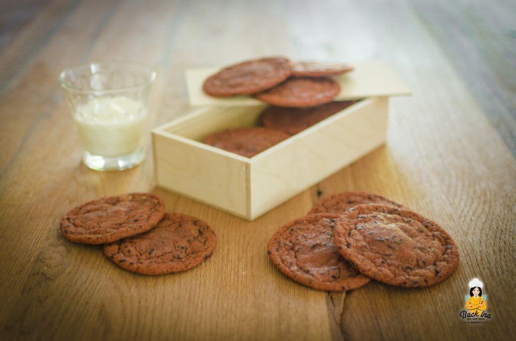 Chewy Chocolate Chip Cookies mit weichem Kern