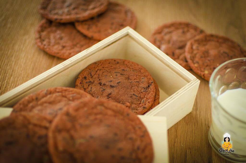 Chewy und saftig: Chocolate Chip Cookies mit Nutella-Füllung