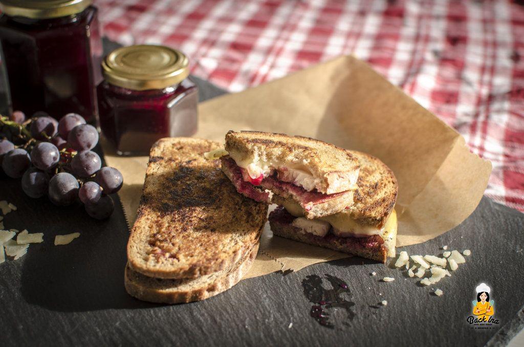 Käse und Trauben - eine perfekte Kombi: Grilled Cheese Sandwich mit Traubenmarmelade