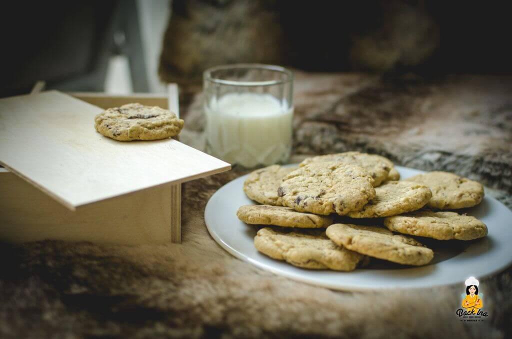Knusprige American Cookies gesucht? Dann ist dieses Rezept für Crunchy Chocolate Chip Cookies genau richtig