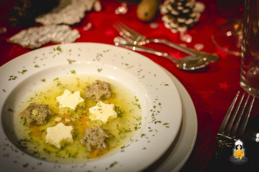 Edles Weihnachtsmenü: Vorspeise ist eine Festtagssuppe