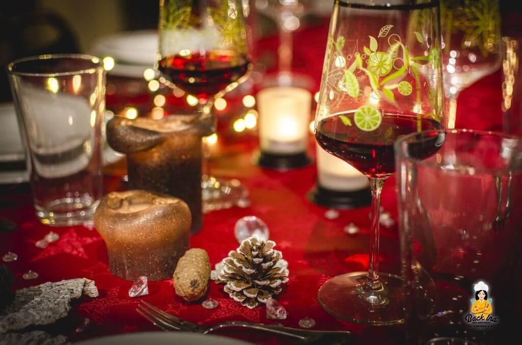 Rote Deko für das edle Weihnachtsmenü