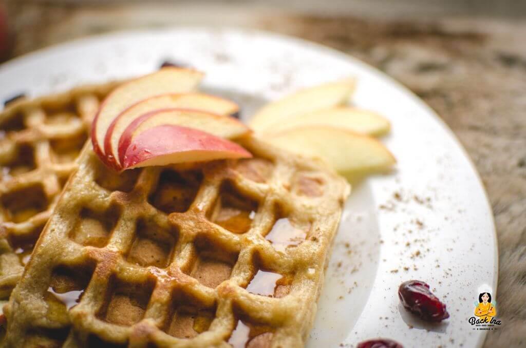 Leckere Apfel Zimt Waffeln mit Cranberries: ein fast gesundes Frühstück!