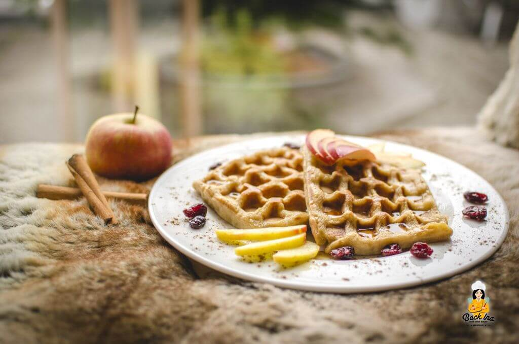 Saftige Apfel Zimt Waffeln mit Cranberries: kalorienreduzierte Waffeln, die lecker sind