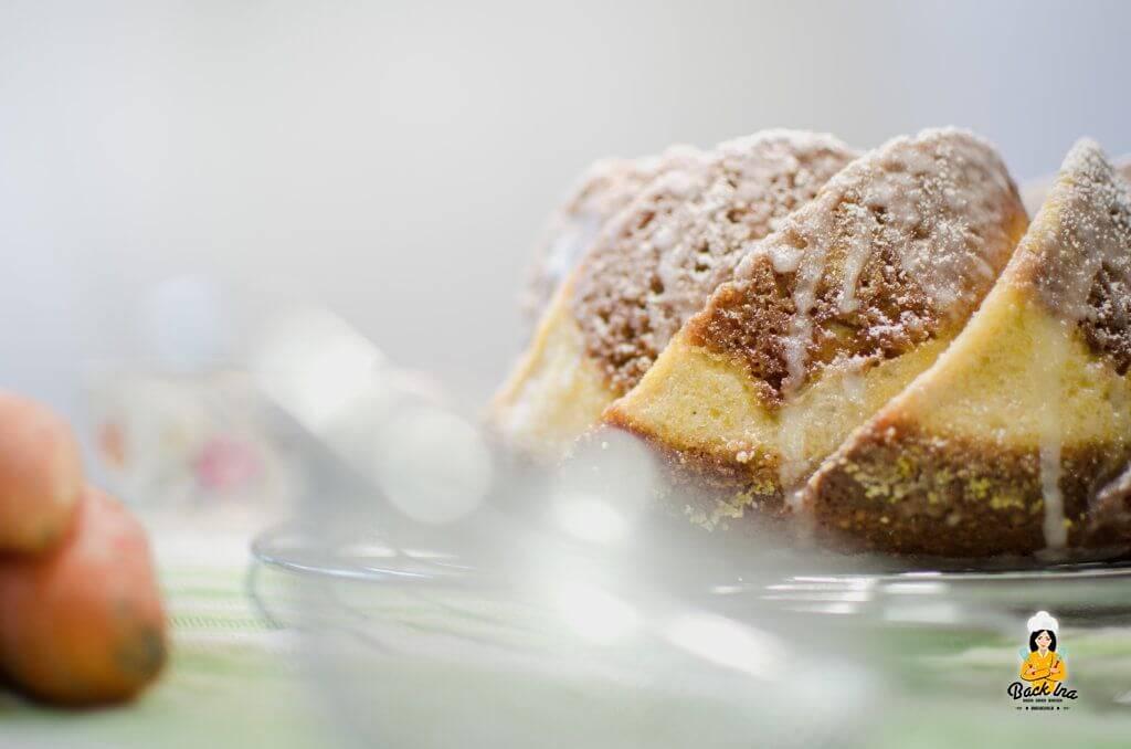 Carrot Cake mit Cheesecake-Swirl oder auch Rüblikuchen mit Käsekuchen Füllung: Frühlingshaft, saftig, einfach lecker!