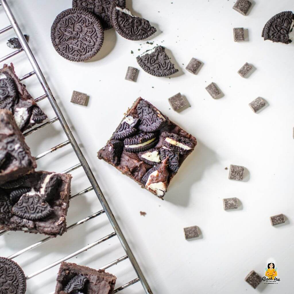Saftige Vegane Brownies mit Kidneybohnen und Oreos: Lecker Schokolade und ohne Zucker!