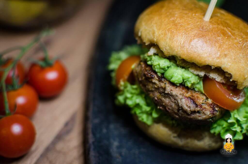 Lamm-Burger mit Roggen-Vollkornbun: Frühlingshafter Burger
