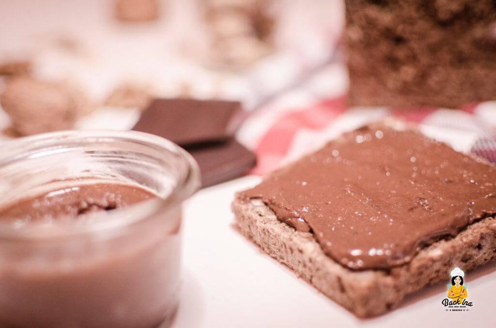 Nutella selber machen: Ich zeige dir leckere Schoko-Nuss-Creme, die sogar vegan und zuckerfrei ist