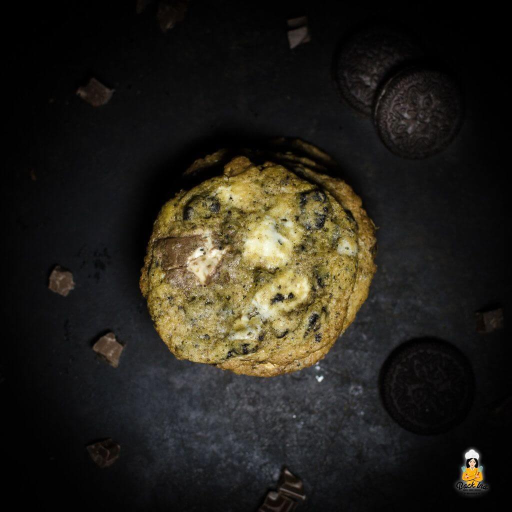 Cookies n Cream Cookies: Weiche Cookies mit Sahnegeschmack und Oreo Keksen im Teig