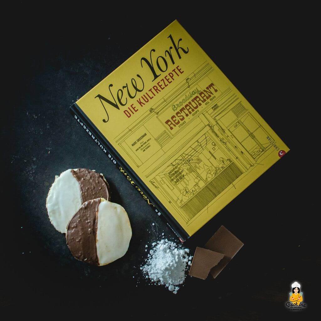"""Black and White Cookies aus dem Buch """"New York - die Kultrezepte"""": Amerikaner mal anders"""