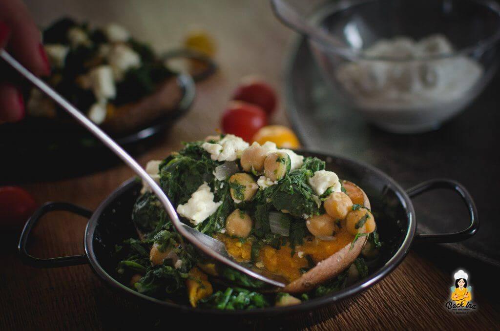 Ofen Süßkartoffeln mit Spinat und Feta (vegetarisches Abendessen) - leicht verdaulich und einfach zu machen