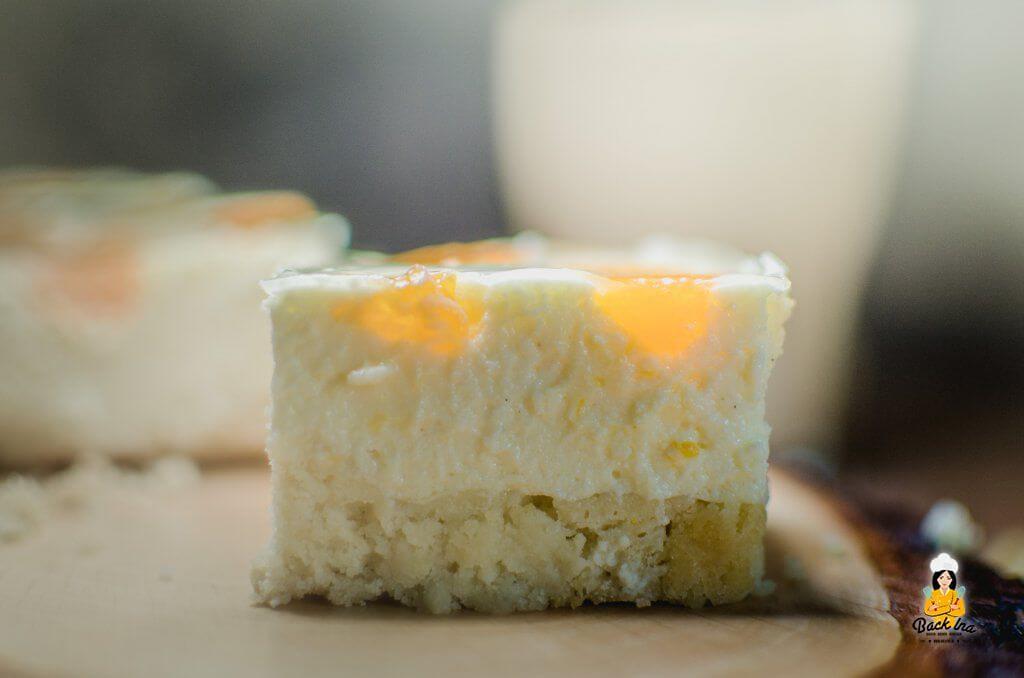 Ein cremiger Käsekuchen mit Mandarinen vom Blech schmeckt immer gut: Ich zeige das Rezept für Madarinen-Käsekuchen wie bei Oma