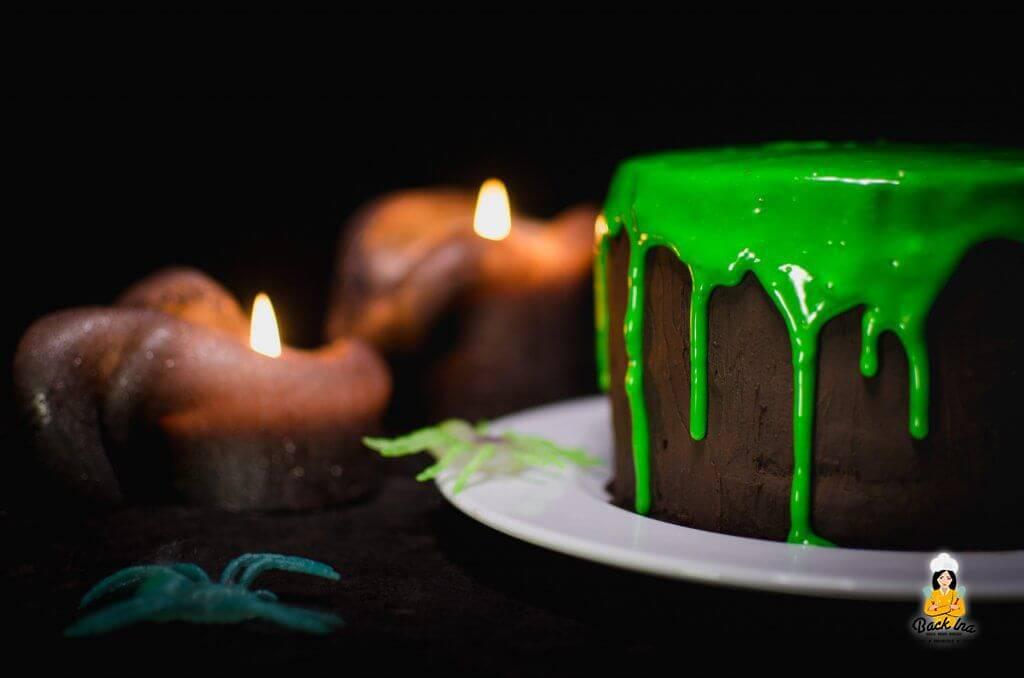 Schleim Torte zu Halloween: Schnelle Halloween Torte mit Gruselfaktor