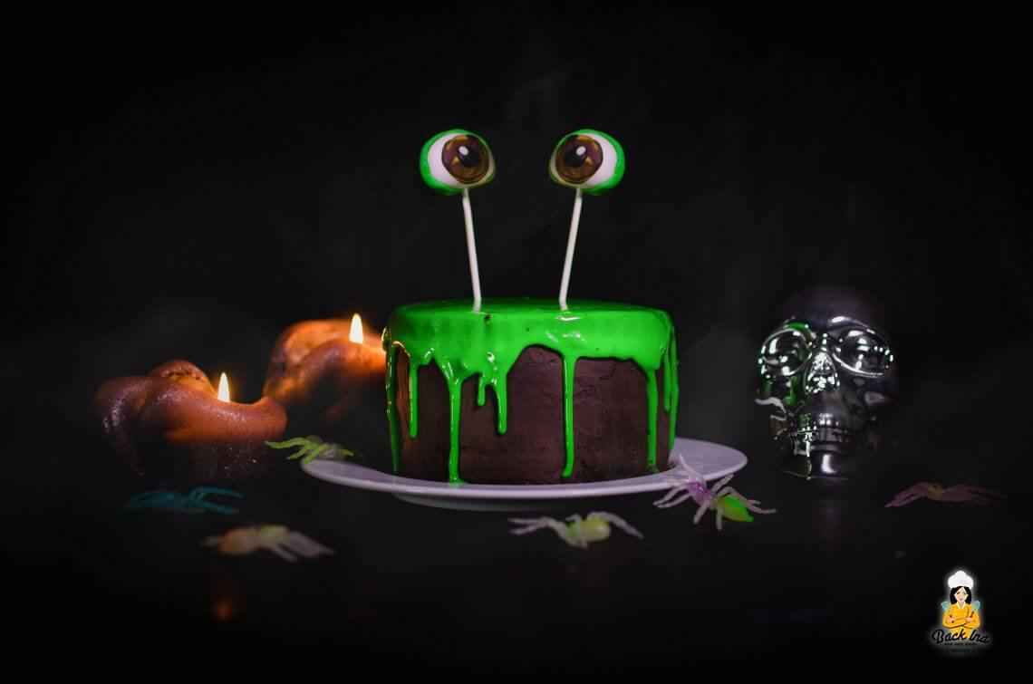 Schleim Torte: Einfache Halloween Torte mit großer Wirkung | BackIna.de