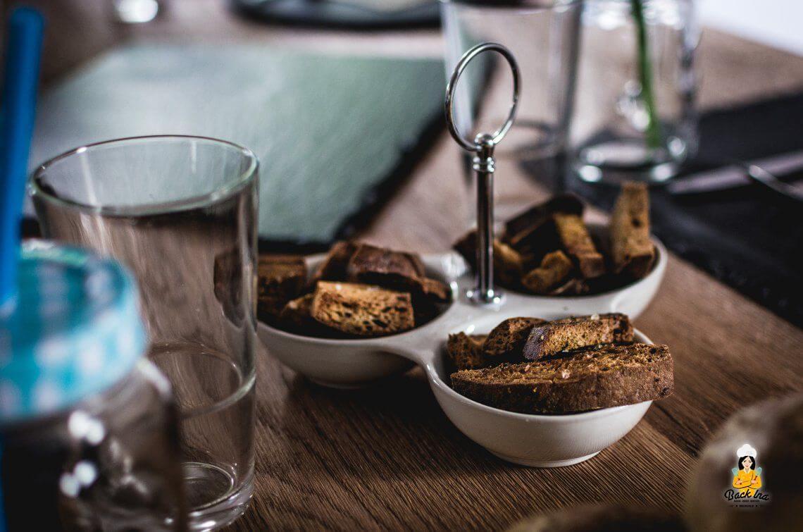 Breadsticks mit Sour Cream Dip