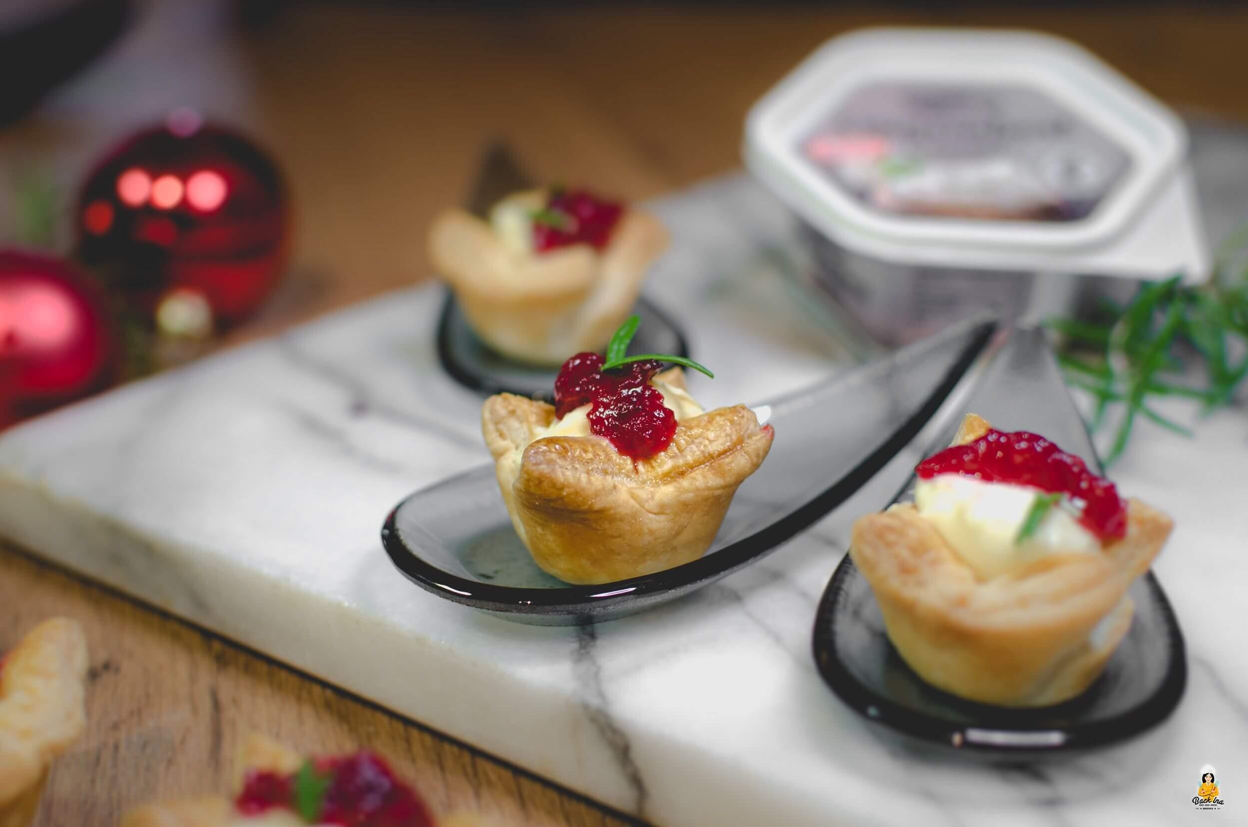 Camembert-Cranberry Appetizer als kleine Vorspeise