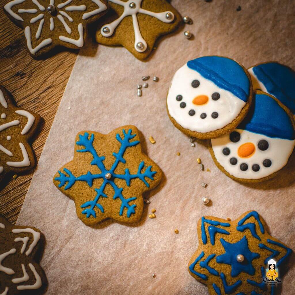 Plätzchen mit Royal Icing dekorieren zu Weihnachten