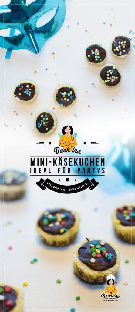 Mini Käsekuchen aus der Muffinform mit Schoko-Glasur und Keksboden: Das ideale Mini-Gebäck für Kindergeburtstage, Fasching / Karneval oder Partys. So cremig und niedlich! | BackIna.de