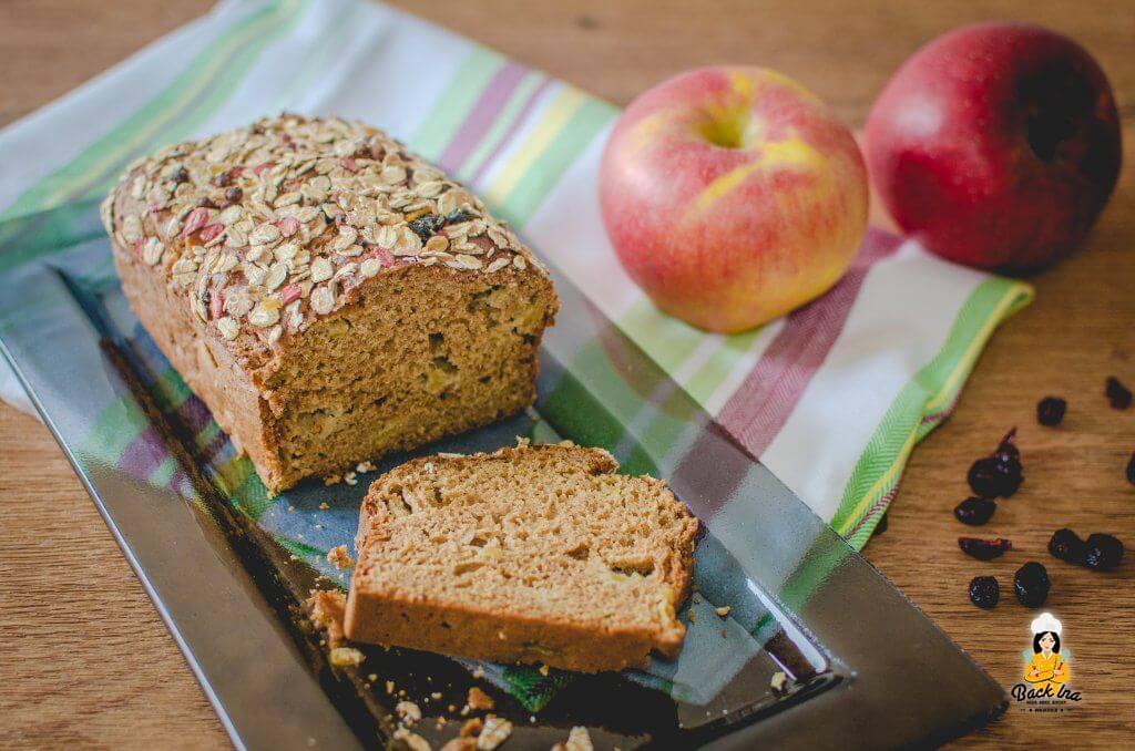 Apfelbrot - kalorienarmer und zuckerfreier Kuchen mit Apfel