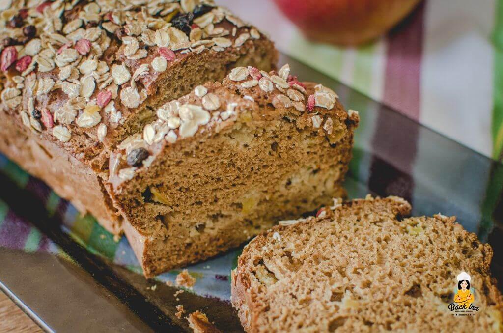 Kalorienarmer Kuchen für Fitnessfreunde mit Apfel: Fettarmes und Zuckerfreies Apfelbrot