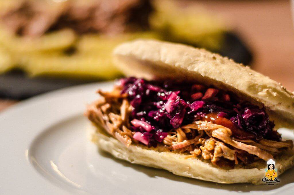 Pulled Pork Burger mit Rotkohl