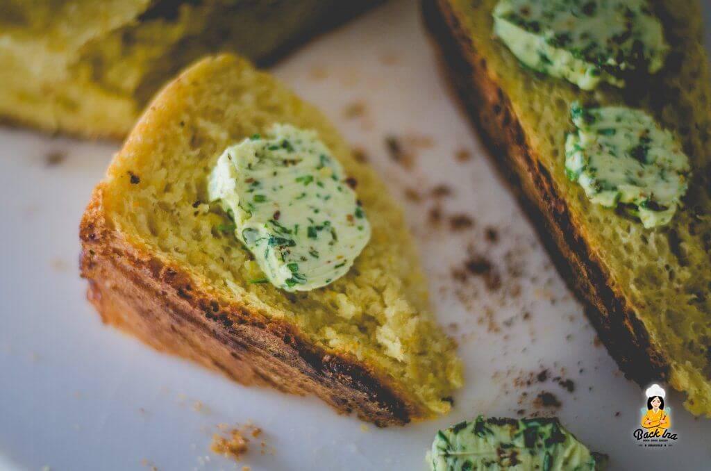 Dinkelbrot aus dem Dutch Oven - super saftig durch Möhren im Teig