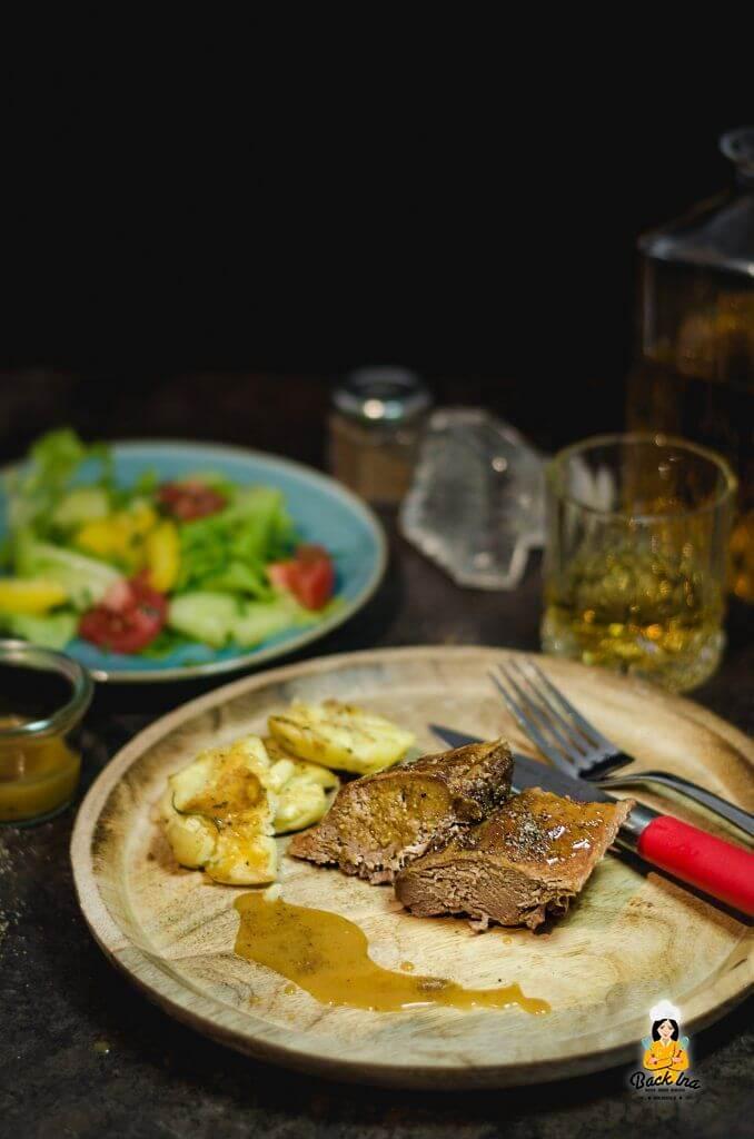 Wildschweinrücken mit Whiskey-Marinade aus dem Dutch Oven