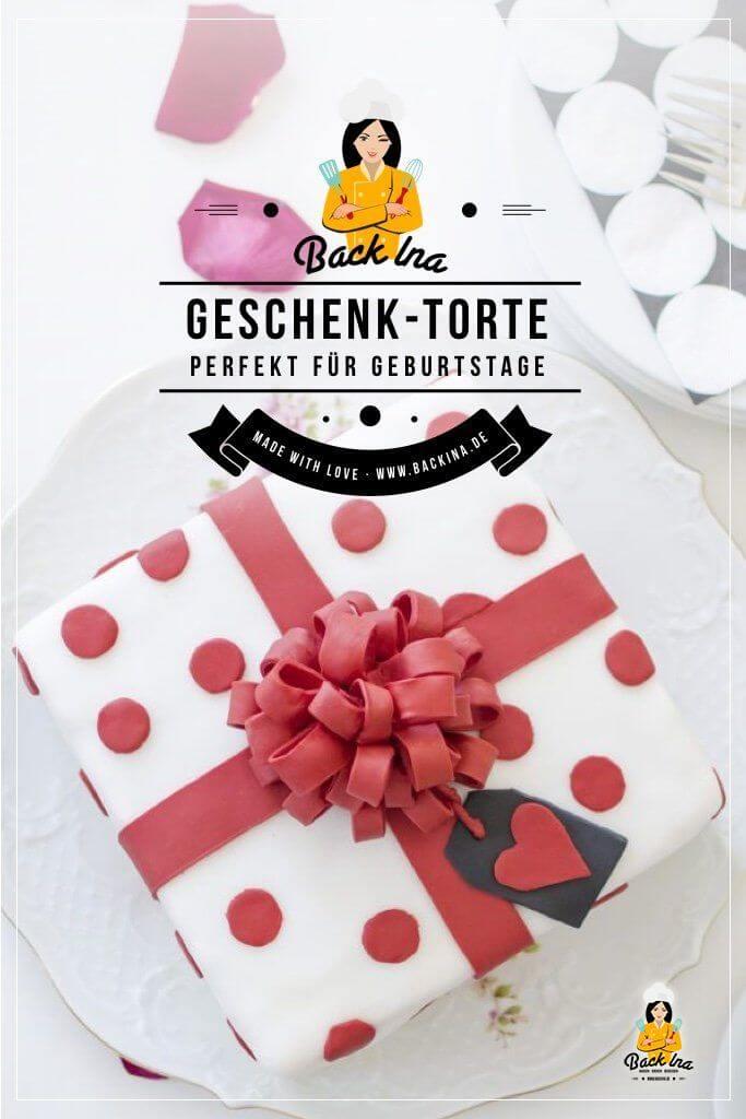 Du suchst eine tolle Idee für eine Geburtstagstorte? Dann ist diese Geschenk-Torte genau richtig: Die Torte sieht von außen täuschend echt wie ein Geschenk aus und lässt sich in vielen Farben je nach Geschmack des Geburtstagskinds anpassen. Hier gibt es die Anleitung für die Geschenk-Torte sowie einen Zeitplan! | BackIna.de