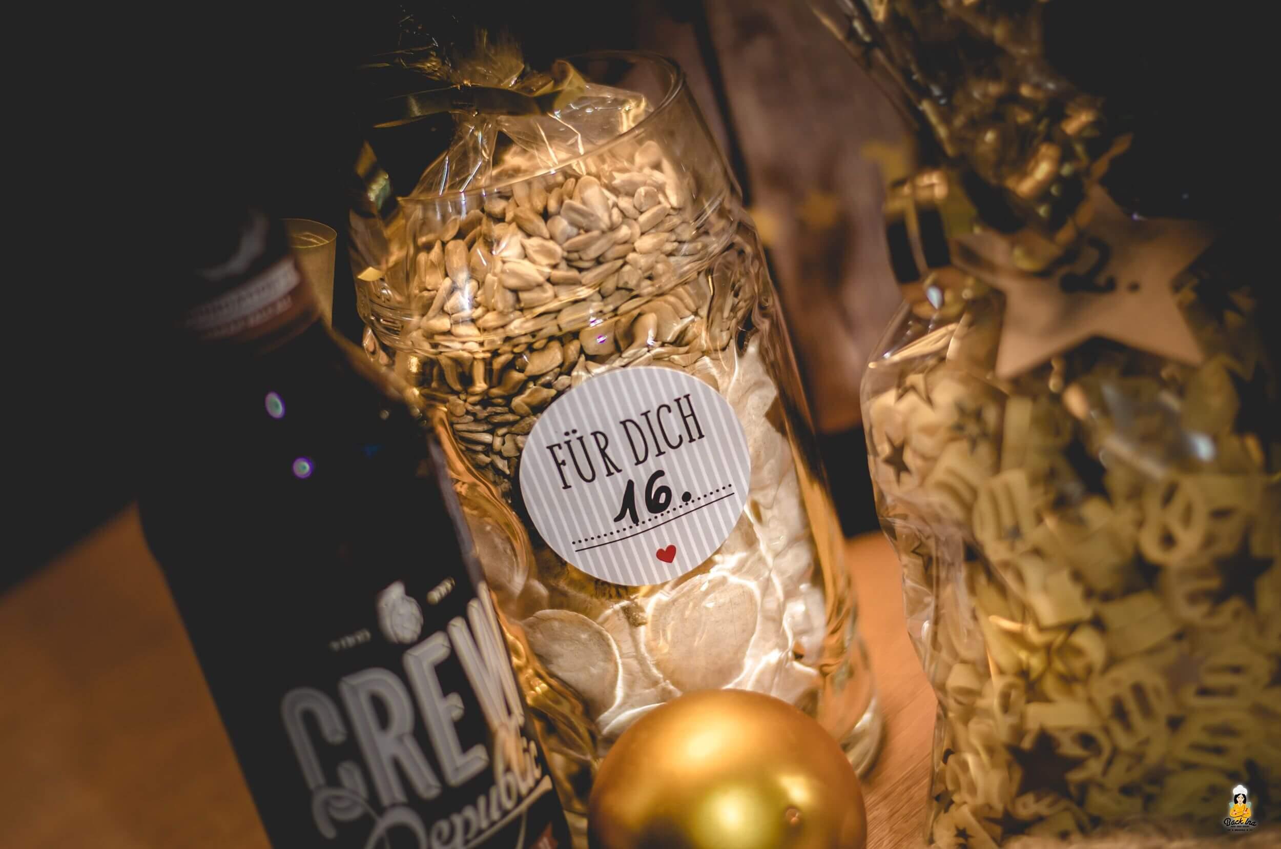 Backmischung für Bier-Brot als Geschenk aus der Küche