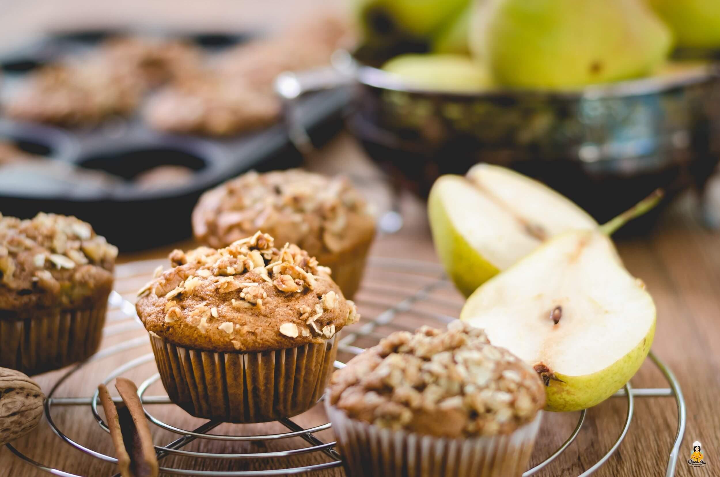 Birnenmuffins mit Dinkelvollkornmehl und ohne Zucker