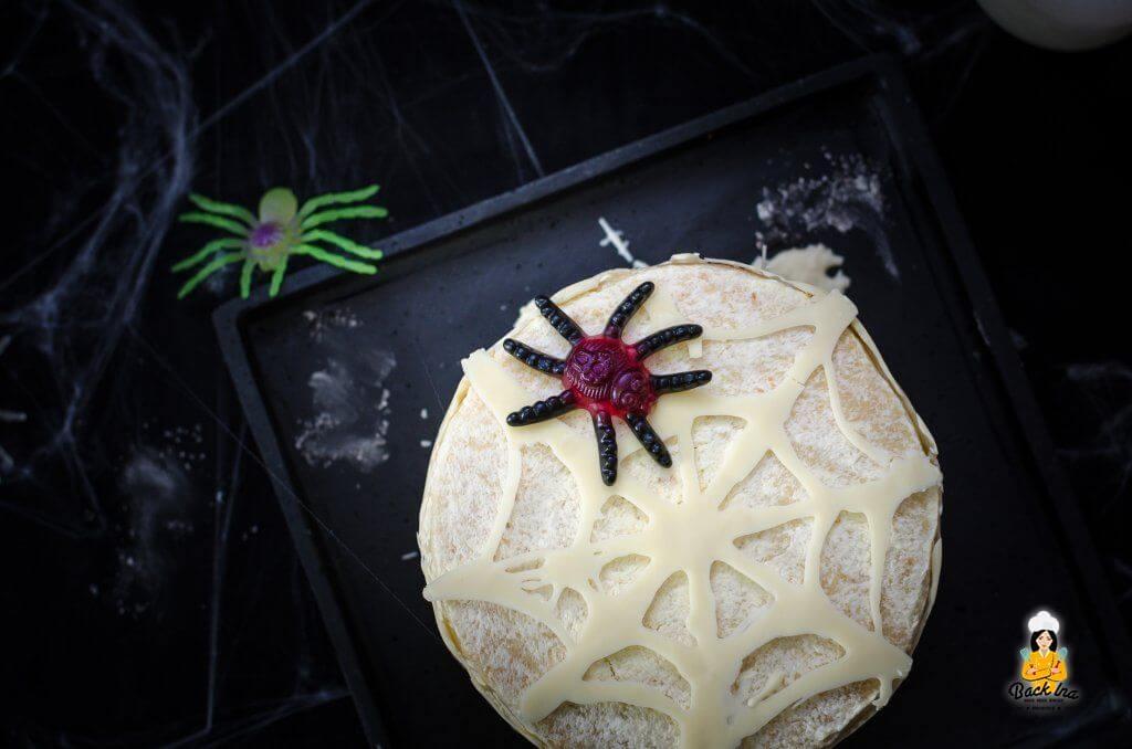 Spinnen Torte zu Halloween mit Überraschung