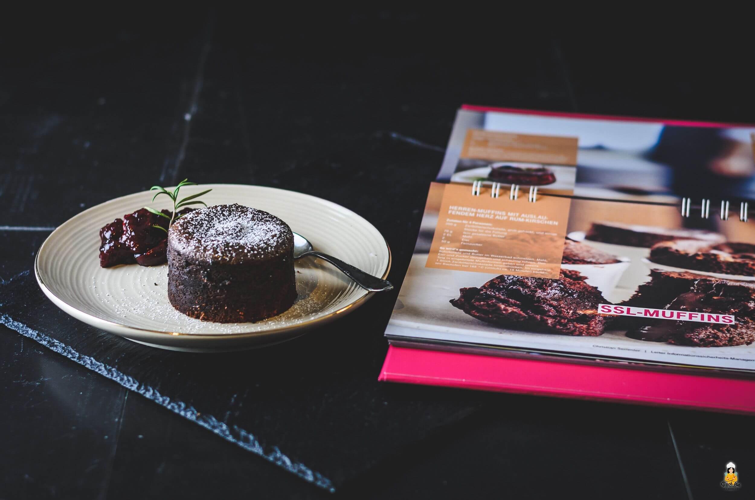 Schoko Muffins mit flüssigem Kern aus Cyber Kitchen