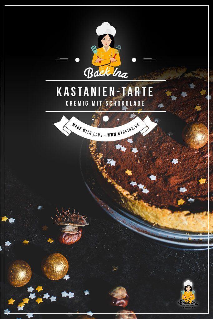 Du suchst eine tolle winterliche Back-Idee? Wie wäre es mit einem Schokoladenkuchen mit Kastanien? Die Schoko-Maroni-Tarte ist eine tolle Idee als Weihnachtskuchen mit einem Gewürz-Mürbeteig als Grundlage und einer cremigen Schoko-Füllung mit Maronen. Etwas ganz besonderes! | BackIna.de
