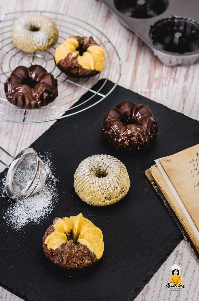 Mini Gugelhupfe - drei Kuchen aus einem Teig