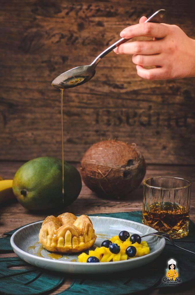Mini Rum Cakes - Dessert aus der Karibik mit Rum: Perfekt als sommerliches und einfaches Dessert bei Grillpartys