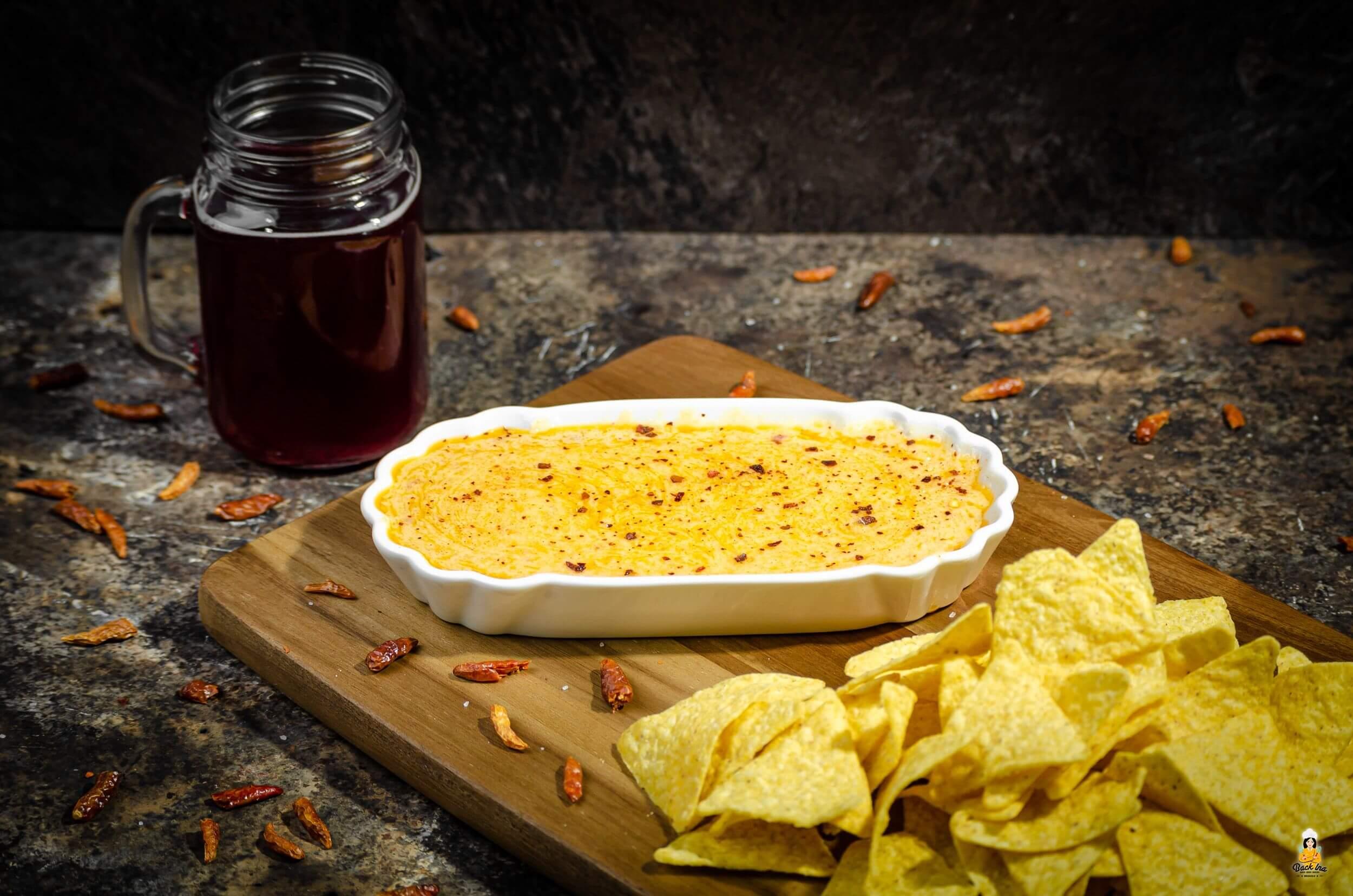 Spicy Käsesauce zum Dippen selber machen | BackIna