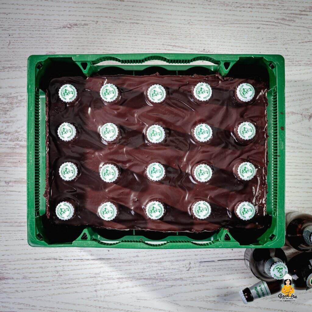 Bierkasten-Kuchen: Kreative Männertorte für Bierliebhaber