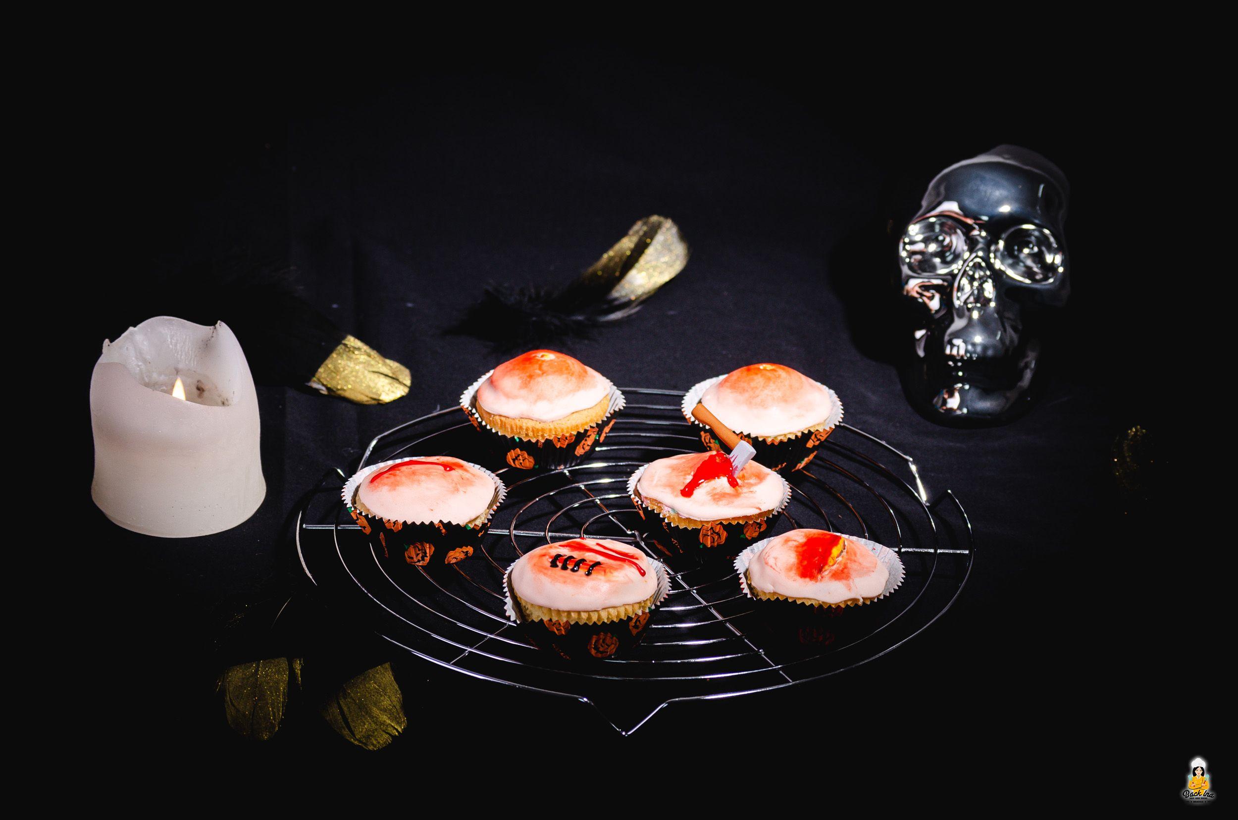 Einfache Halloween Cupcakes: Wunden und Pickel | BACKINA