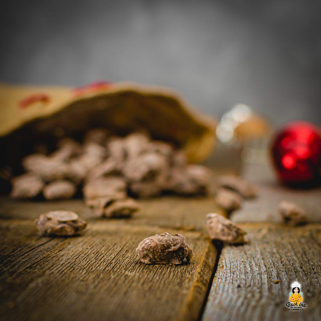 Mandeln mit Schoko-Lebkuchen-Hülle - perfektes Geschenk aus der Küche