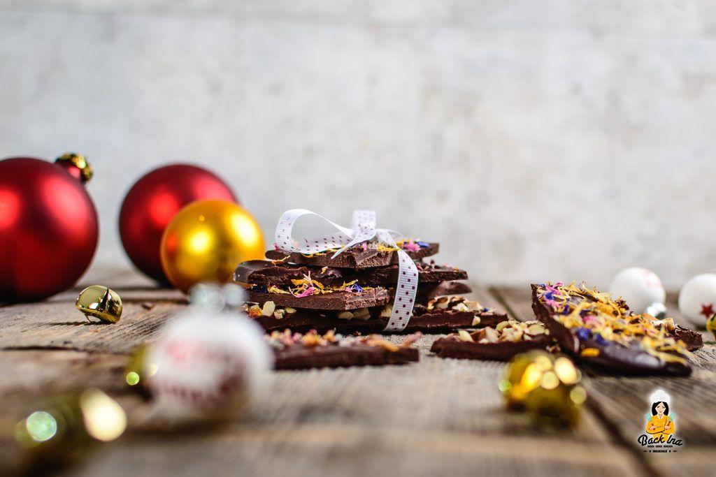 Vegane Schokolade aus nur 3 Zutaten - dunkle Schokolade selber machen