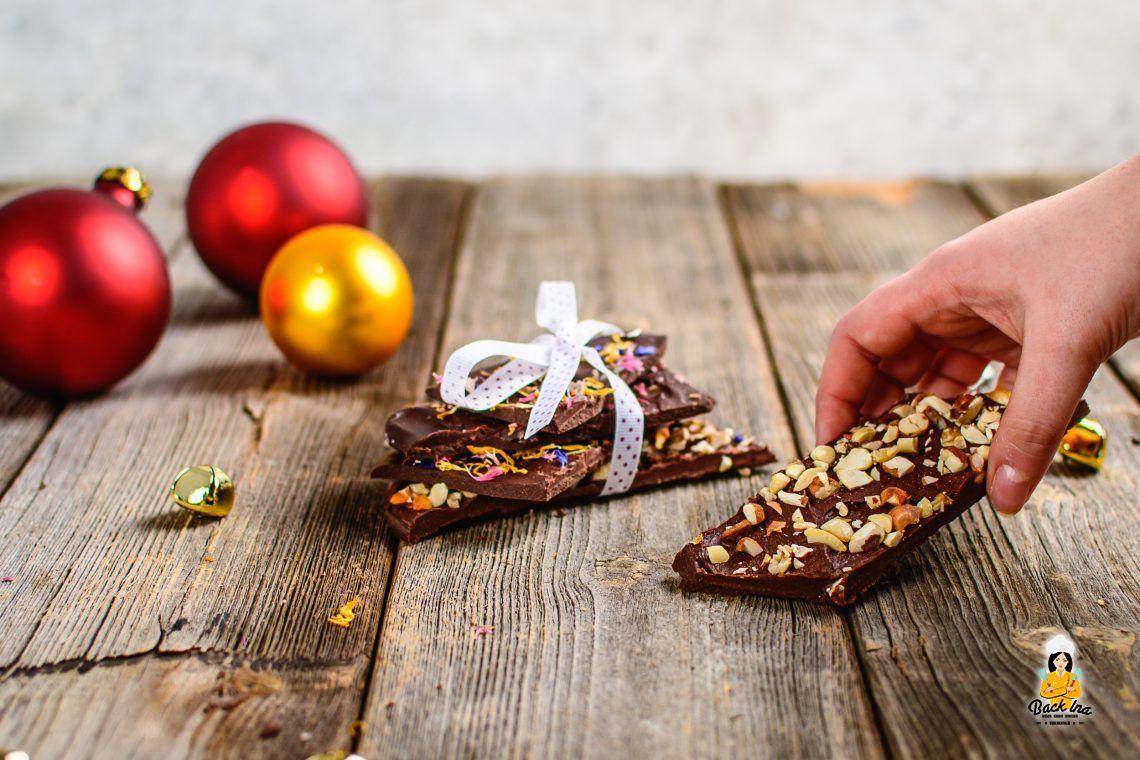 Geschenk aus der Küche (Schokolade selber machen)
