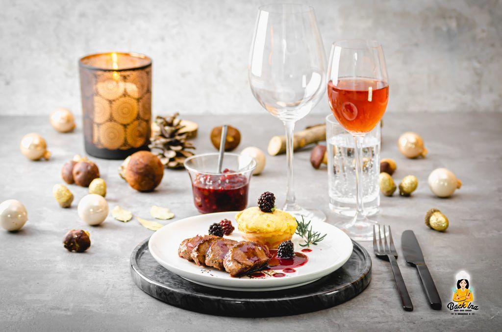 Rehfilet mit Fruchtsauce und Kartoffelmuffins: Besonderes Sonntagsessen mit Wild